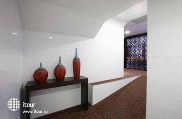 Amari Residences 10