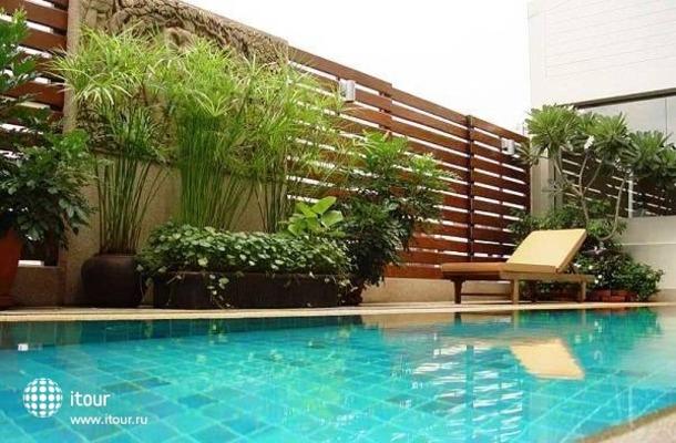 Bossotel Bangkok 1