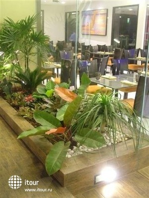 Nouvo City Hotel 10