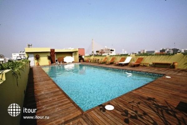 Nouvo City Hotel 2