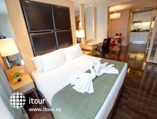 Ramada Hotel & Suites, Bangkok 3