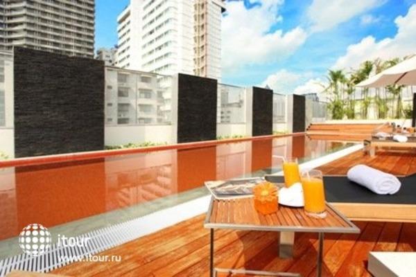 Radisson Suites Bangkok Sukhumvit 2