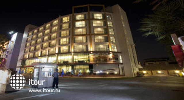 Lantana Resort 1