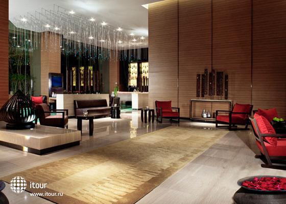 Anantara Bangkok Sathorn (ex. Radisson Hotel Bangkok Sathorn) 10