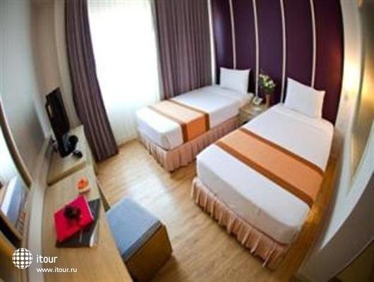 Trang Hotel Bangkok 3