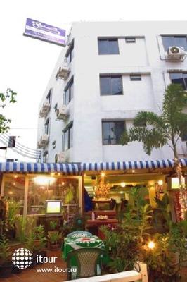 Sawasdee Banglumpoo Inn 7