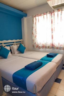 Sawasdee Banglumpoo Inn 10