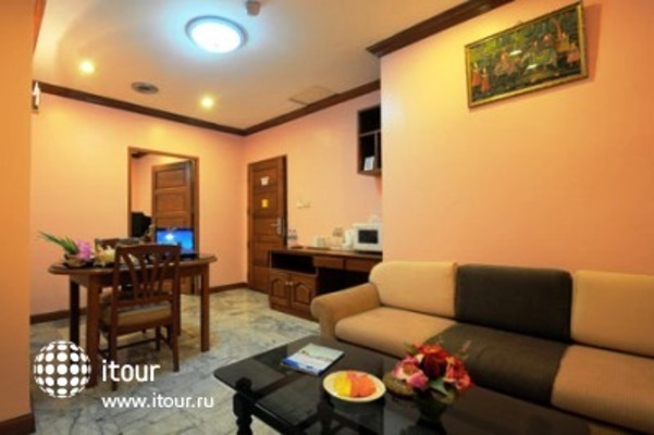 Royal Asia Lodge Hotel 4