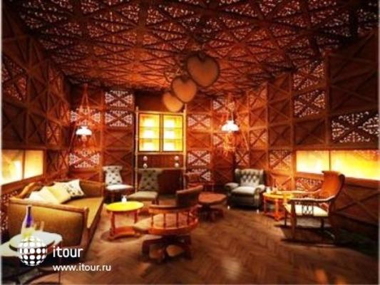 Hotel Muse Bangkok Langsuan 2