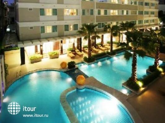 Legacy Suites Bangkok 1