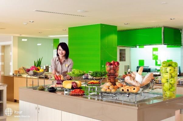 Novotel Bangkok Fenix Silom 8