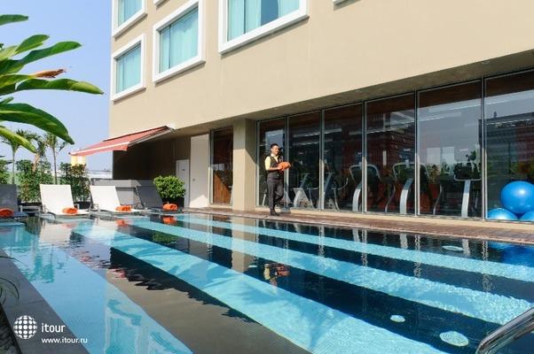 Novotel Bangkok Fenix Silom 2
