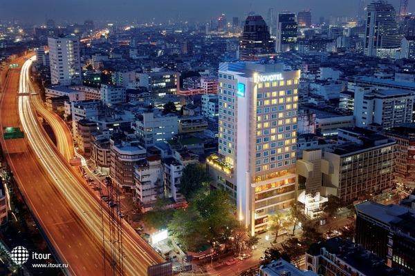 Novotel Bangkok Fenix Silom 1
