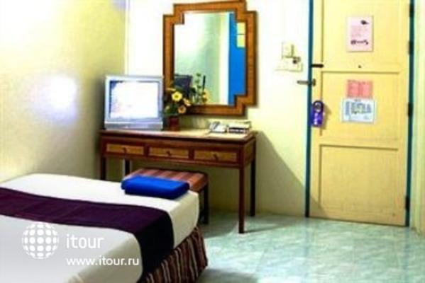 Sawasdee Khaosan Inn 8