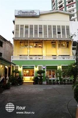 Sawasdee Sukhumvit Inn 2