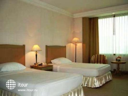 Royal Parkview Hotel 7