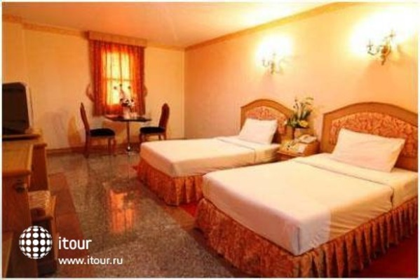 13 Coins Airport Hotel Minburi 3
