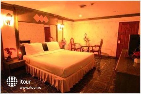 13 Coins Airport Hotel Minburi 7