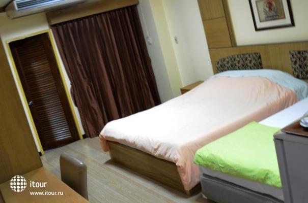 Aiya Residence & Sport Club 8