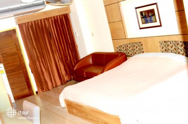 Aiya Residence & Sport Club 9