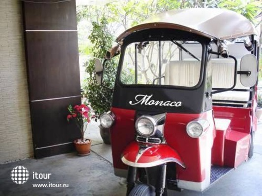 Monaco Hotel 5