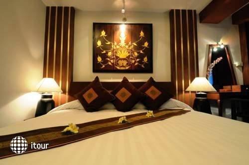Ananda Museum Gallery Hotel 8