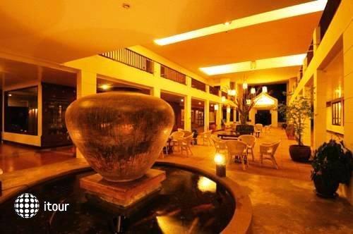 Ananda Museum Gallery Hotel 9