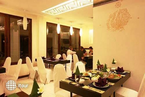Ananda Museum Gallery Hotel 10