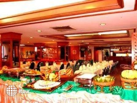 Ayutthaya Grand Hotel 8