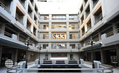 S33 Compact Sukhumvit Hotel 1