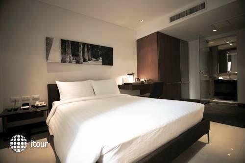 S33 Compact Sukhumvit Hotel 3
