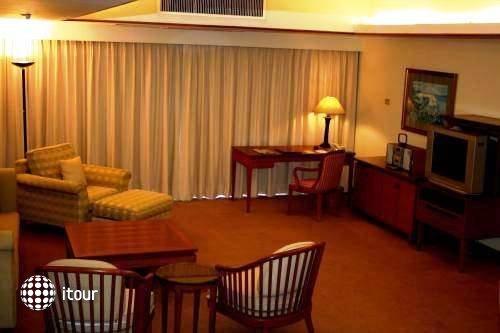 Pantip Court Serviced Residence 3