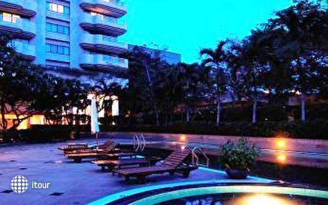 Pantip Court Serviced Residence 8