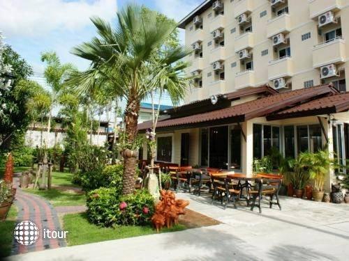 Thongta Resort & Spa (suvarnabhumi Airport) 1