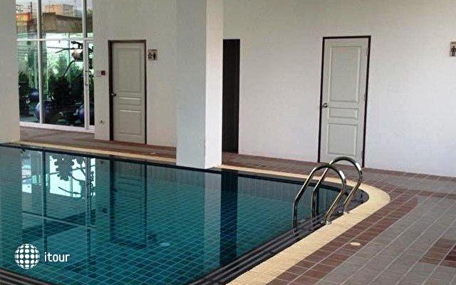 Demeter Residences Suites Bangkok 10