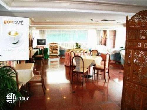 Ayothaya Hotel 4