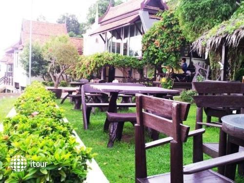 Ayutthaya Garden River Home 10