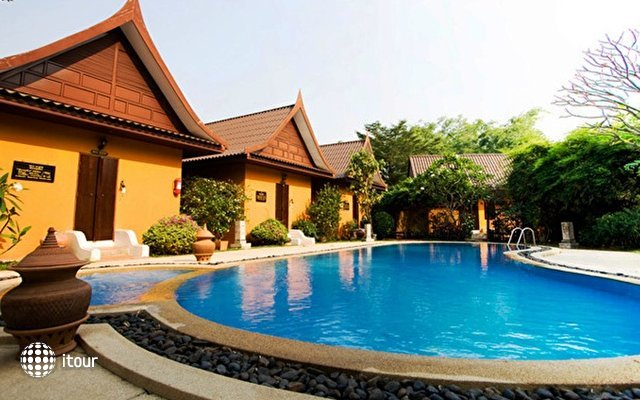 Pludhaya Resort & Spa 1