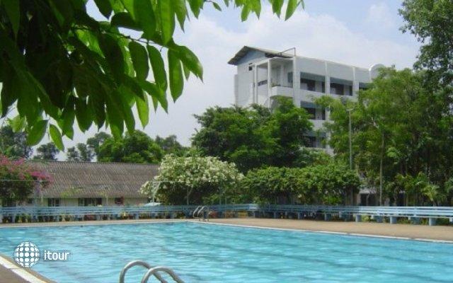 We-train Guest House Hostel  1