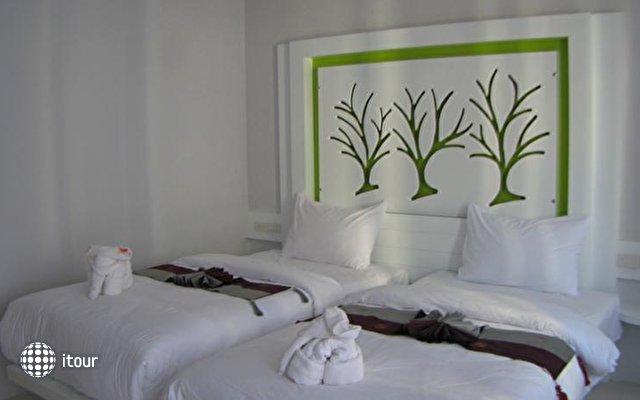 The Silk Hill Hotel  3