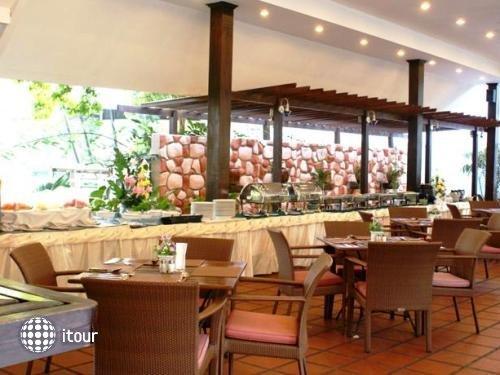 Royal Orchid Resort 5