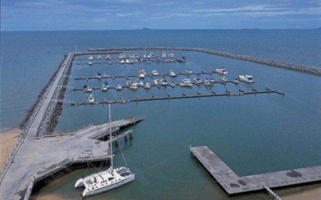 Ocean Marina Yacht Club 10
