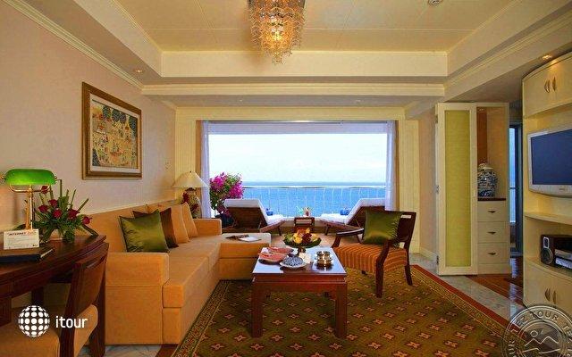 Royal Cliff Beach Hotel 9