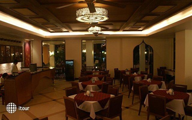 Aiyara Palace 6