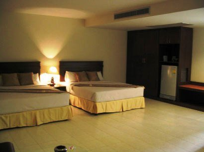 Crown Pattaya Beach Hotel 4