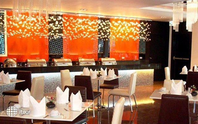 Nova Platinum Hotel 8