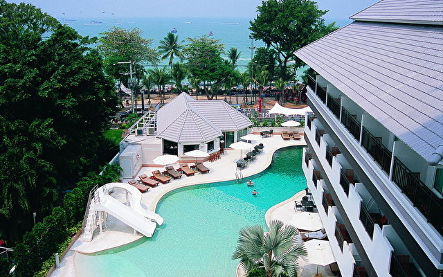 Discovery Beach Hotel 2