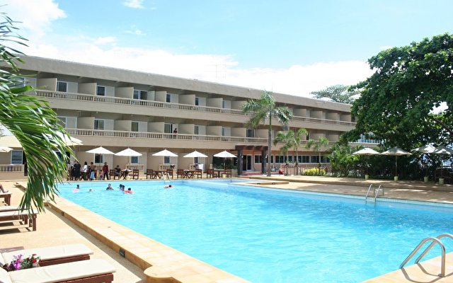 Isawanya Beach Resort 2