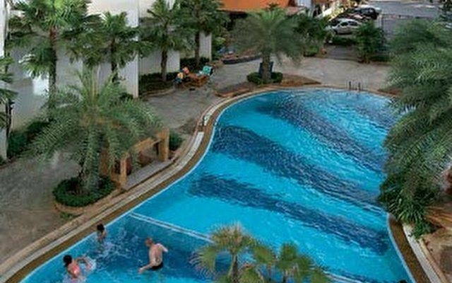 Dragon Beach Resort 1