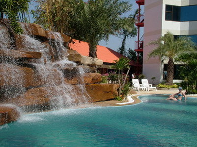Dragon Beach Resort 9